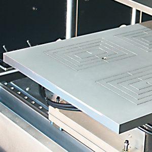 Flat panel display chuck